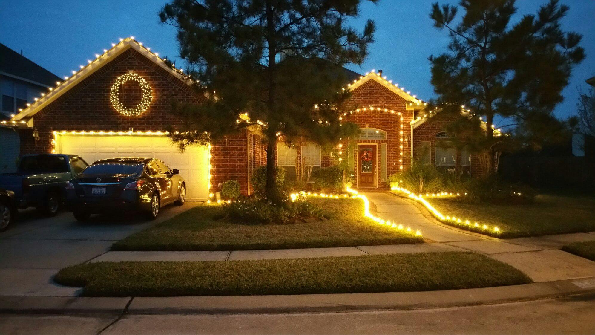 Iu0027ve used Christmas Light Creations for several years and have been very pleased. They respond quickly to calls regarding light outagesu2026 & Christmas Light Installation - Service - Removal azcodes.com
